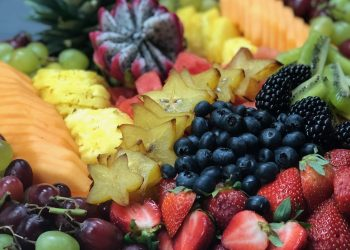 Fruit Tray w/Dragon Fruit and Carambola